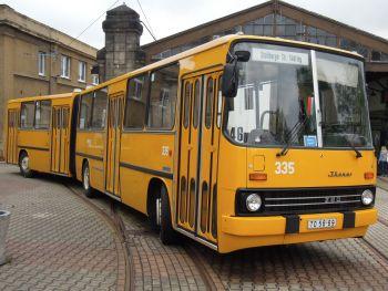 bus mieten chemnitz cheap cool hornbach transporter mieten chemnitz fc with transporter mieten. Black Bedroom Furniture Sets. Home Design Ideas
